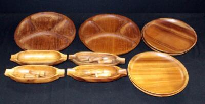 Wood Plates Qty 4, Corn Skewers Qty 3 Sets And Corn Trays Qty 4